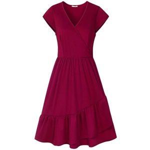 Dresses & Skirts - Red medium summer dress NWT